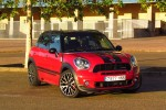 Mini Countryman John Cooper Works, diversión en base 4